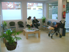 sala de espera clínica Sanares