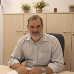 José Elías Fernández, Psicología
